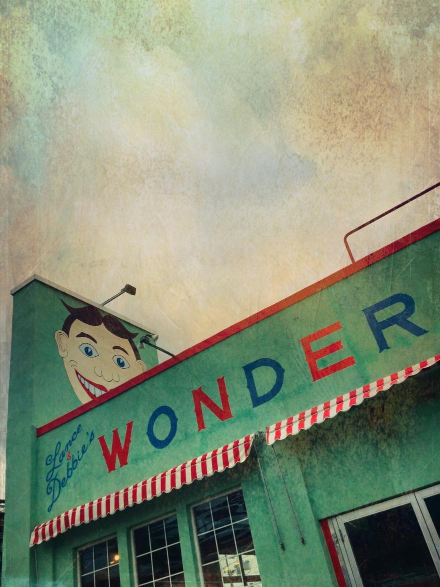 WonderBar
